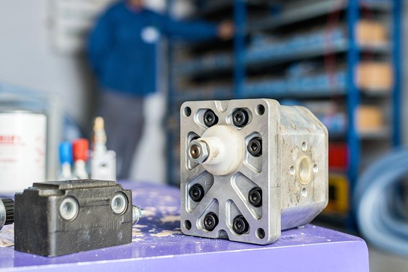 Pompe hydraulique à engrenages, flasque italienne