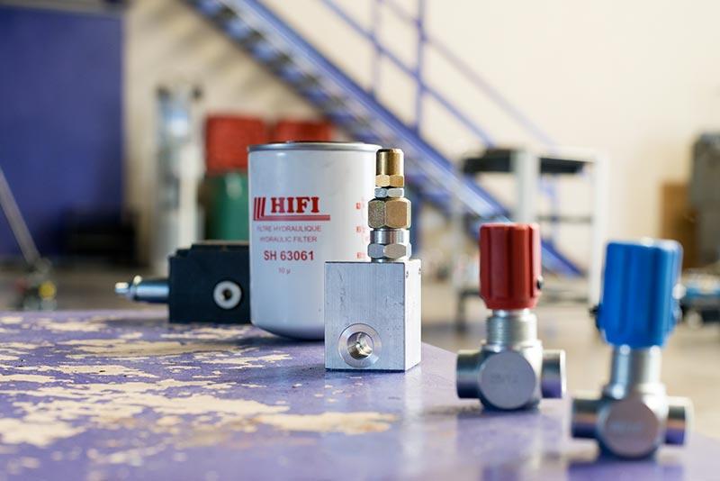Divers composants hydrauliques (filtres, régulateurs, limiteurs...)