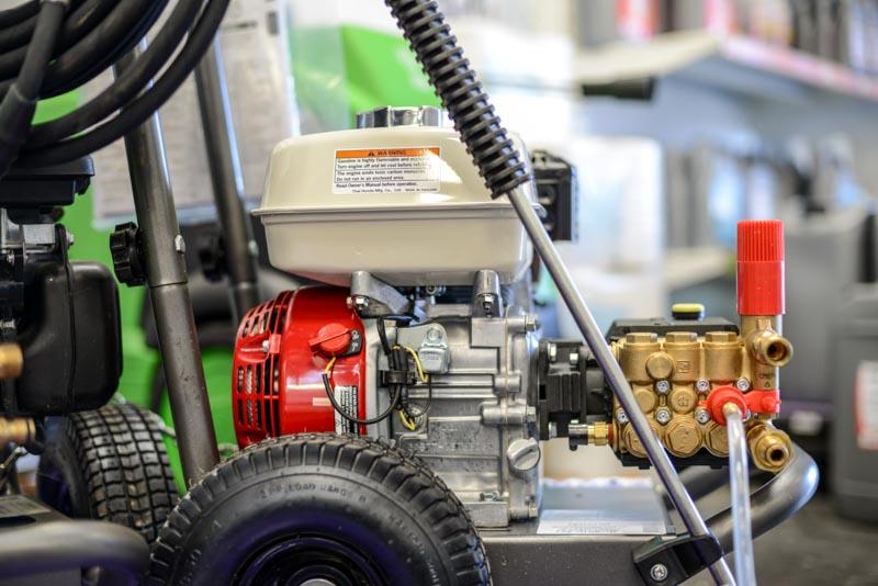 Nettoyeur haute pression thermique à moteur Honda