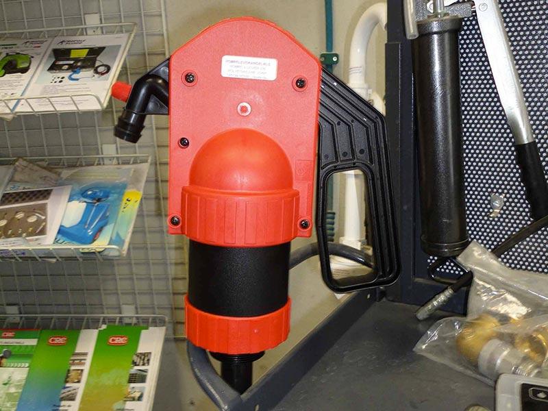 Pompe manuelle à liquide de refroidissement