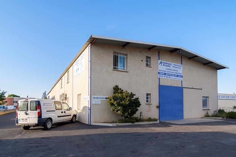 Notre magasin/atelier de Saint-Jean de Védas, à toute proximité de Montpellier, entre les sorties autoroutes Montpellier Ouest et Saint-Jean de Védas